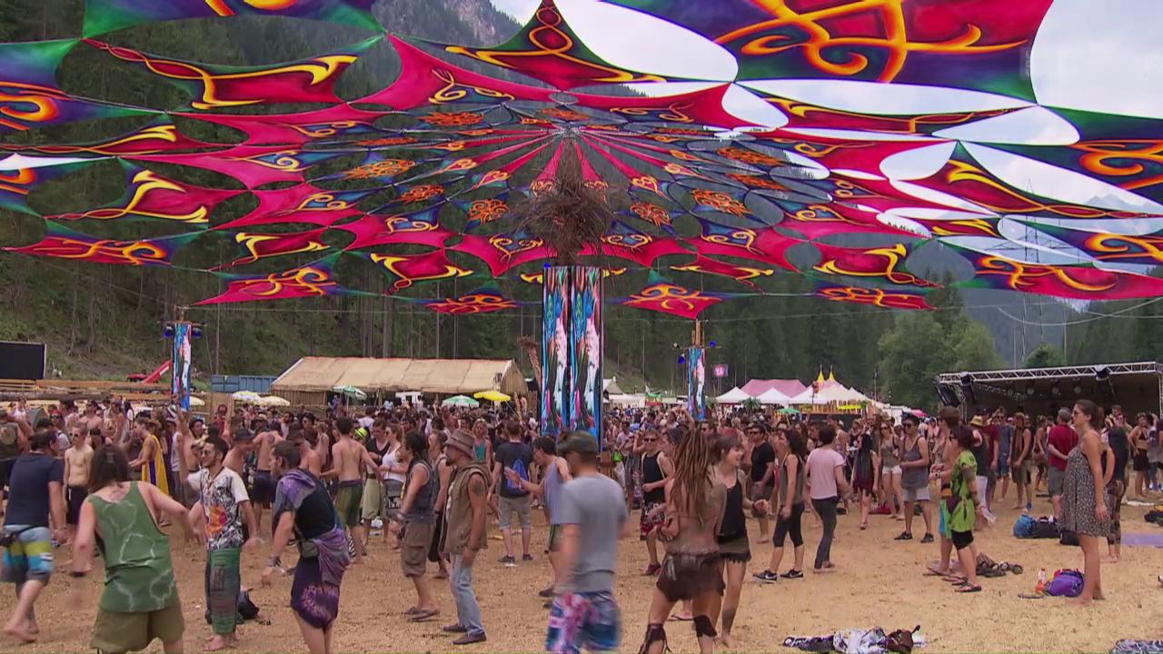 Exzess am Berg: Drogenprävention in den Alpen