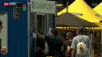 Video «Noch immer Bargeld am Gurtenfestival: Neues Zahlungssystem bockt» abspielen