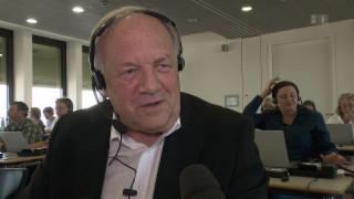 Video «Johann Schneider-Ammann am Spendentelefon» abspielen