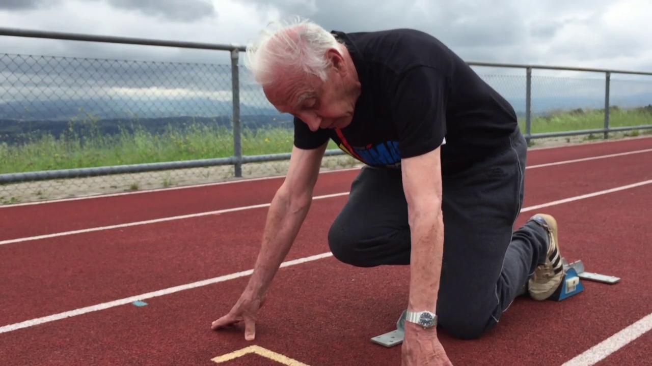 Der perfekte Sprintstart: Ü80-Weltmeister Hans Blöchlinger zeigt, wie es geht!