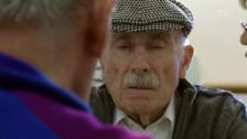 Link öffnet eine Lightbox. Video Im Land des Vergessens – Vom Leben mit Alzheimer abspielen