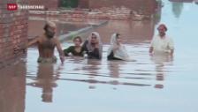 Video «Monsun überschwemmt Indien und Pakistan» abspielen
