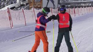 Video «Jann Billeter beim Skifahren mit eingeschränkter Sicht» abspielen