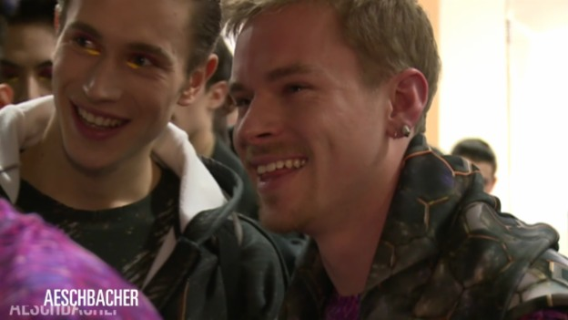 Video «Julian Zigerli hinter den Kulissen» abspielen