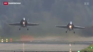 Video «Schweizer Luftwaffe nicht nur zu Bürozeiten» abspielen