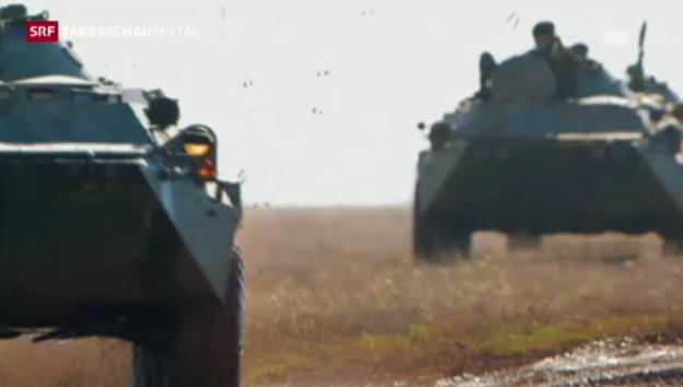 Video «Putins Armee hält Manöver ab» abspielen