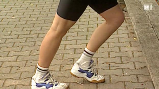 Video «Dehnen schützt nicht vor Sportverletzungen» abspielen