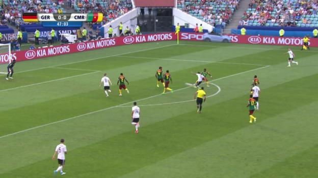 Video «Hacke, Tor – Demirbay zirkelt den Ball ins Eck» abspielen