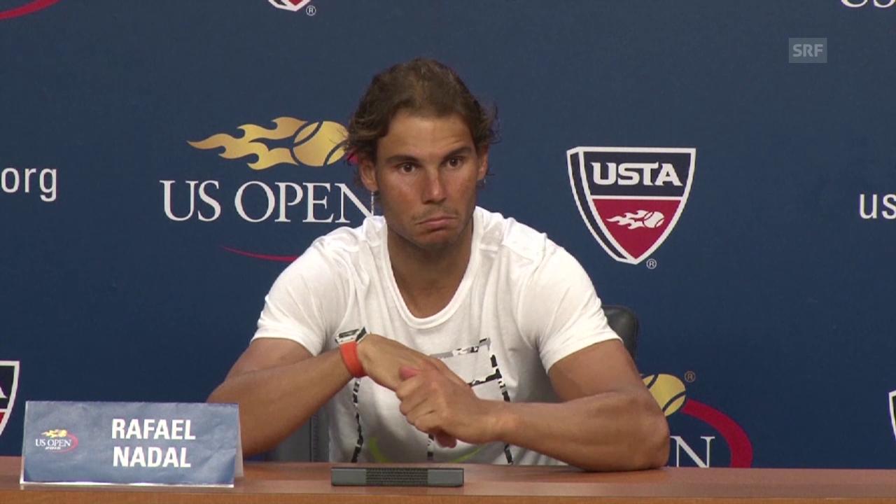 Ein unglücklicher Nadal an der Medienkonferenz (englisch, Quelle: SNTV)
