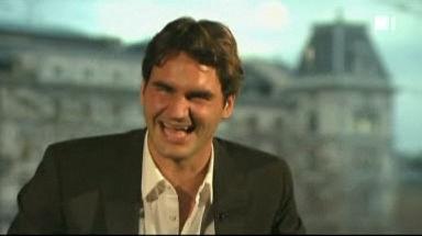 Roger Federer mit Lachanfall