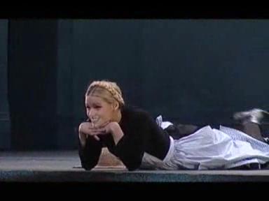 Video «Michelle Hunziker singt !» abspielen