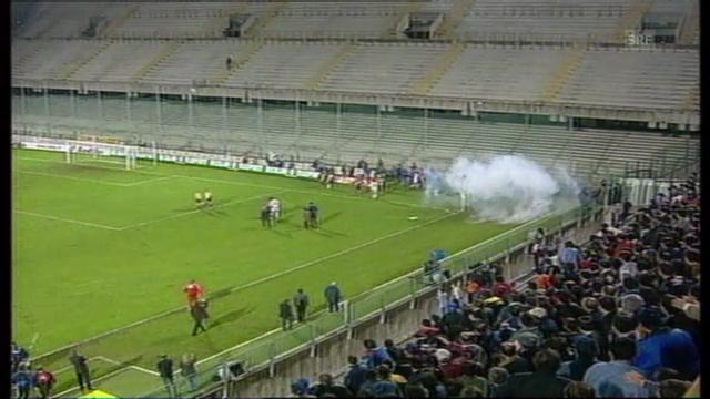 Fiorentina - GC abgebrochen («tagesschau» 04.11.1998)