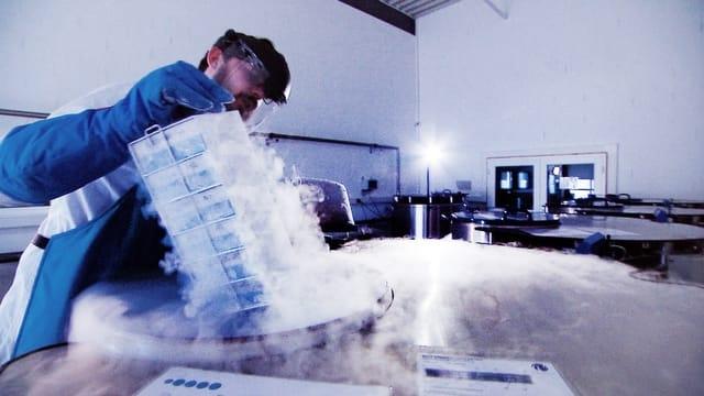 Nabelschnurblut – Lukratives Geschäft mit der Angst