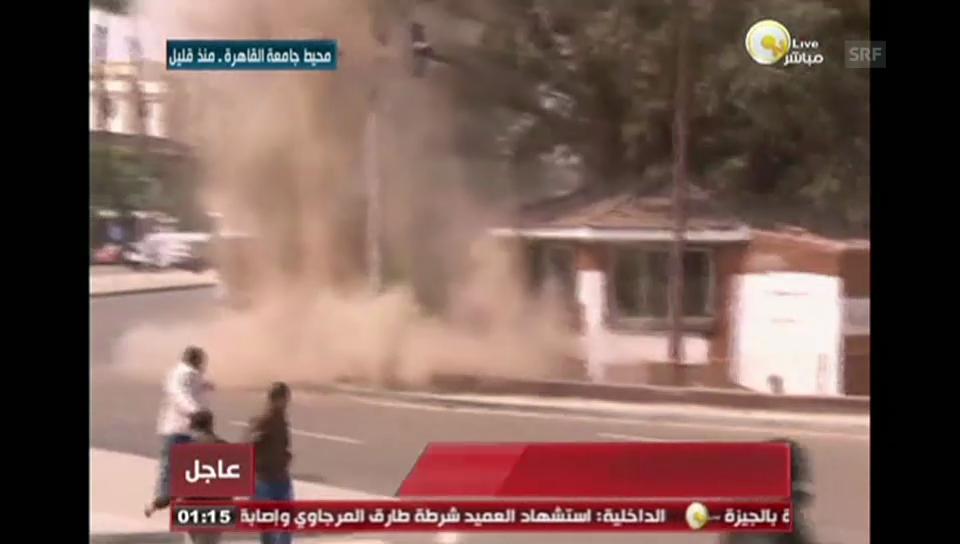 Eine Bombe explodiert in Kairo (unkommentiert)