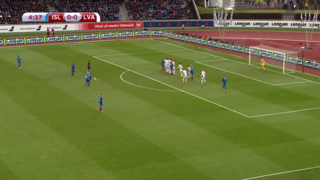 Video «Fussball: EURO-Quali, Tore Island - Lettland» abspielen