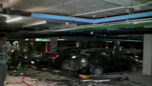 Video «Die Bombe hat im Parkhaus grosse Schäden angerichtet (unkommentiert)» abspielen