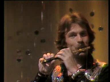 Video «Pepe Lienhard Band mit «Swiss Lady» 1977» abspielen