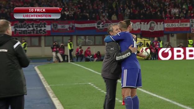 Video «Fussball: EM-Quali, Österreich-Liechtenstein, Standing Ovations für Mario Frick» abspielen