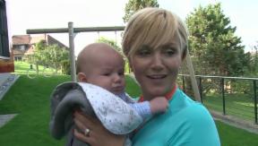 Video «Sonia Nef: Baby Julian macht die Familie komplett» abspielen