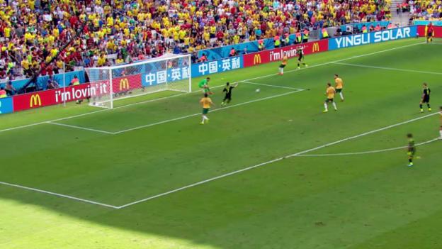 Video «Fussball: FIFA WM, Spielbericht Australien - Spanien» abspielen