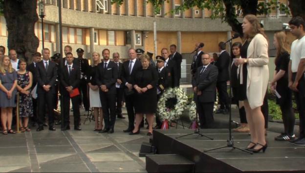Video «Gedenken an die Opfer von Utøya» abspielen
