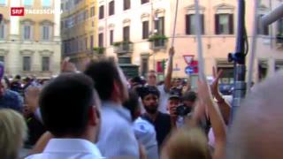 Video «Berlusconi spaltet politisches Italien» abspielen