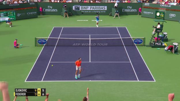 Video «Tennis: Indian Wells Final, Djokovic-Federer, 2. Satz» abspielen