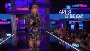 Video «Taylor Swift ist Künstlerin des Jahres» abspielen