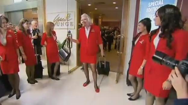 Video «Virgin-Chef Branson als Stewardess (unkommentiert)» abspielen