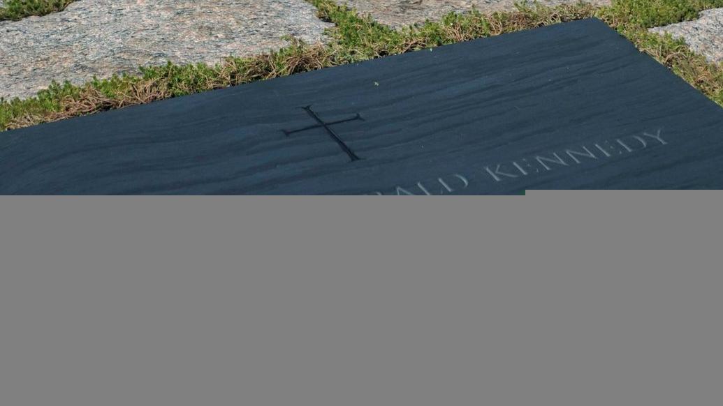 Trauer an der Kennedy-Gedenkstätte bei Washington