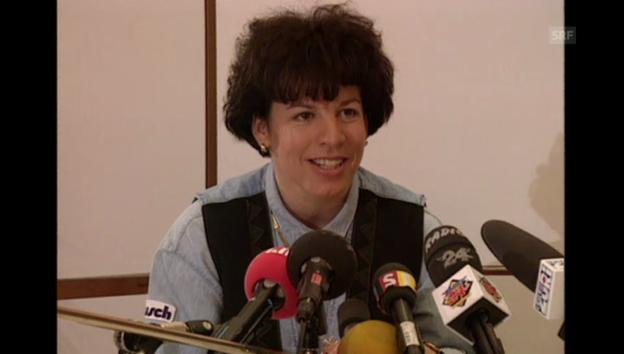 Video «Vreni Schneider gibt ihren Rücktritt bekannt Ski-Alpin aus «Sportpanorama» 23.04.1995» abspielen