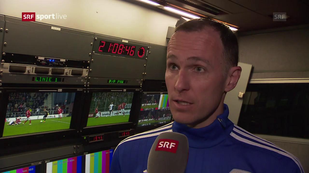 Schiedsrichter Amhof erklärt seinen Entscheid