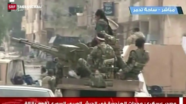 Video «Assads Armee erobert Palmyra zurück» abspielen