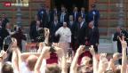 Video «Papst zu Besuch im Zeichen des Friedens» abspielen