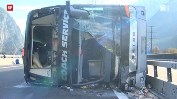 Video «Einer der beiden Fahrer wurde bei dem Unfall getötet. («Tagesschau» vom 25.11.2012)» abspielen