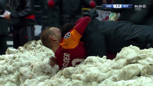 Video «Fussball: Champions League, Galatasaray - Juve, Tor Sneijder» abspielen