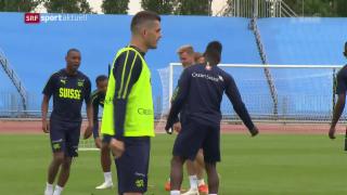Video «Fussball: 1. Nati-Training in Russland» abspielen