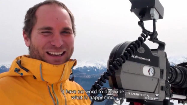 Video «Making-of eingefärbter Schnee» abspielen