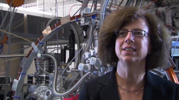 Video «Was war die schwierigste Phase Ihrer Karriere? Fragt die Mathematikerin die Physikerin» abspielen