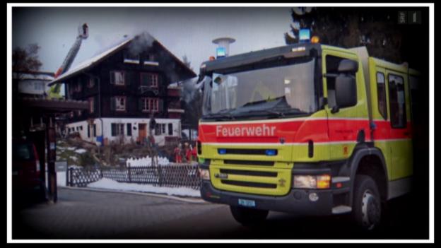 Video «Hausrat in Flammen: Mobiliar verweigert Zahlung» abspielen