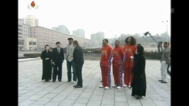 Video «Dennis Rodman auf Sightseeing-Tour in Nordkorea» abspielen
