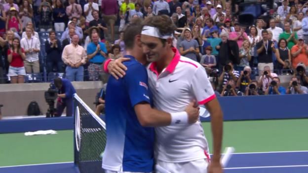 Video «Tennis: Federer gewinnt historisches Schweizer Duell» abspielen
