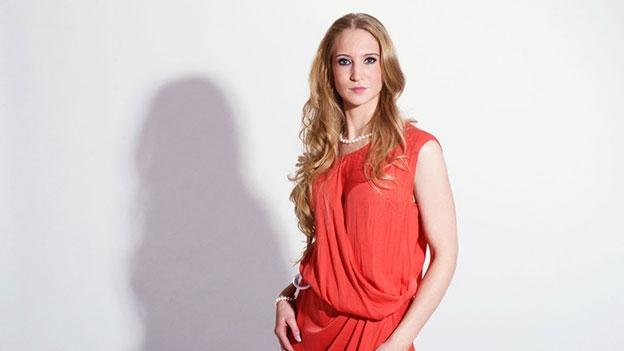 Hello Again_Nathalia Wohler