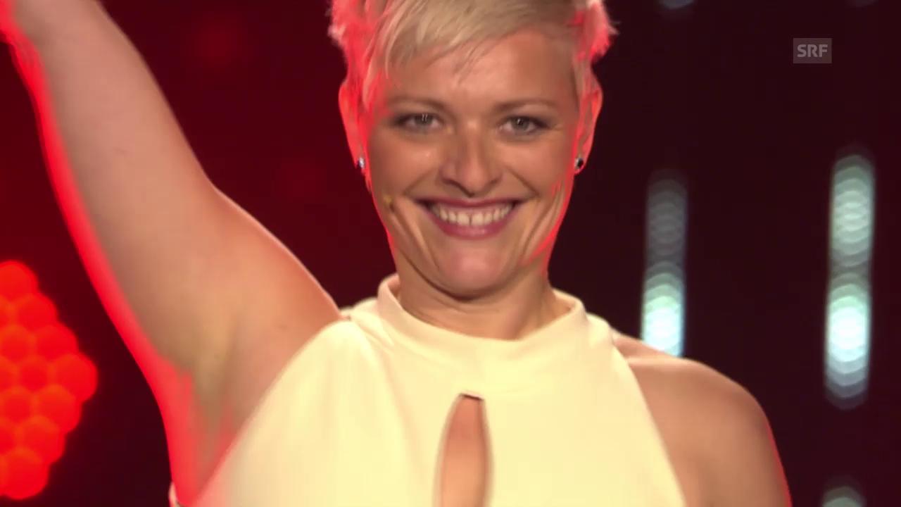 Susanne performt Kiezas «Hideaway»