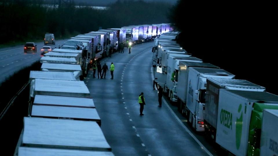 Supermärkte in England schlagen Alarm wegen fehlender LKW-Fahrer