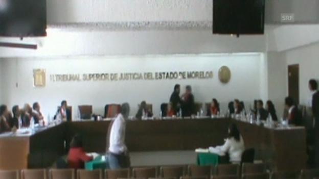 Video «Richter, die mit Fäusten kämpfen» abspielen