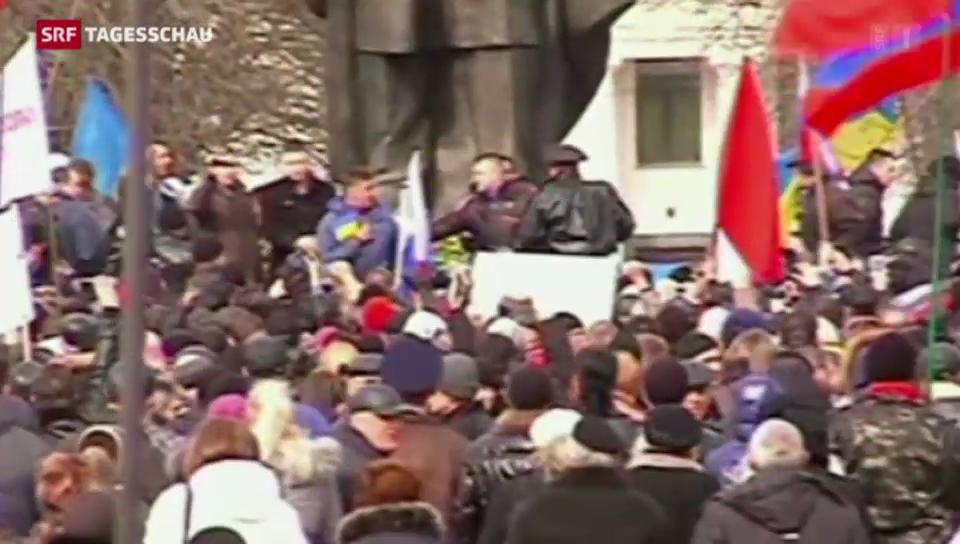 Prorussische und prowestliche Demonstrationen