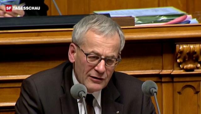 Kurt Fluri (FDP/SO) streicht Sozialhilfe-Vorteile heraus.