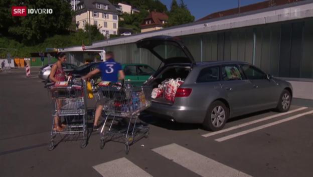 Video «Einkaufstourismus dehnt sich aus» abspielen