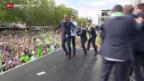 Video «Fussball: DFB-Pokal, Wolfsburg wird von tausenden Fans empfangen» abspielen